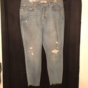 Size 16 blue Levi's skinny jeans